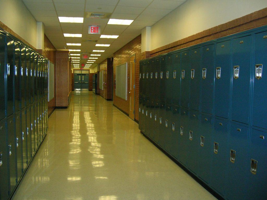 school-417612_1920